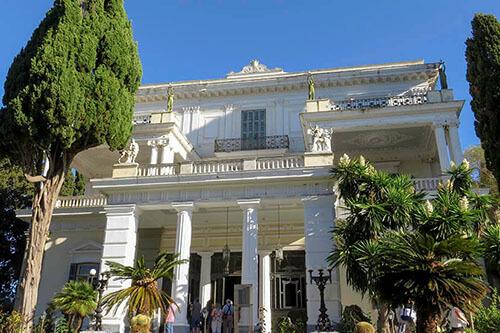 Het Achilleon paleis, het paleis van Sissi, op Corfu