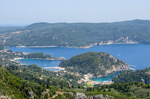 Paleokastritsa op Corfu | Griekenland